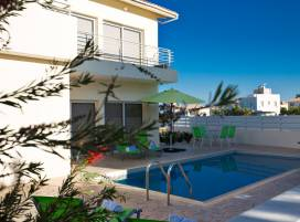 Cyprus property, Villa for holiday rent ID:5416