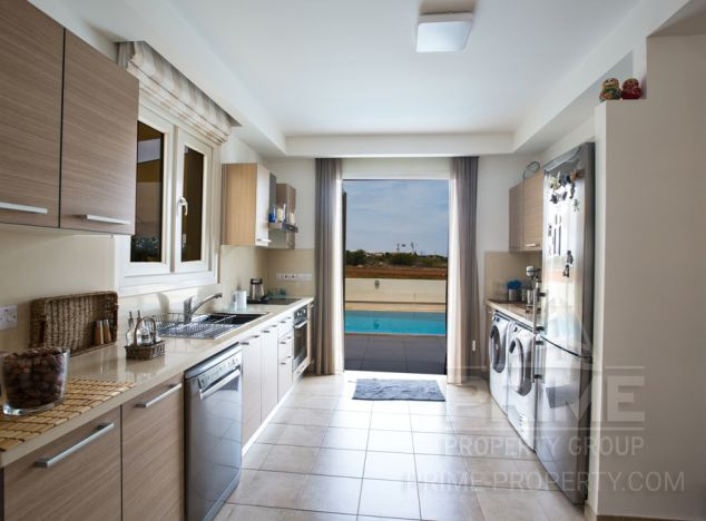 Cyprus property, Villa for holiday rent ID:5440