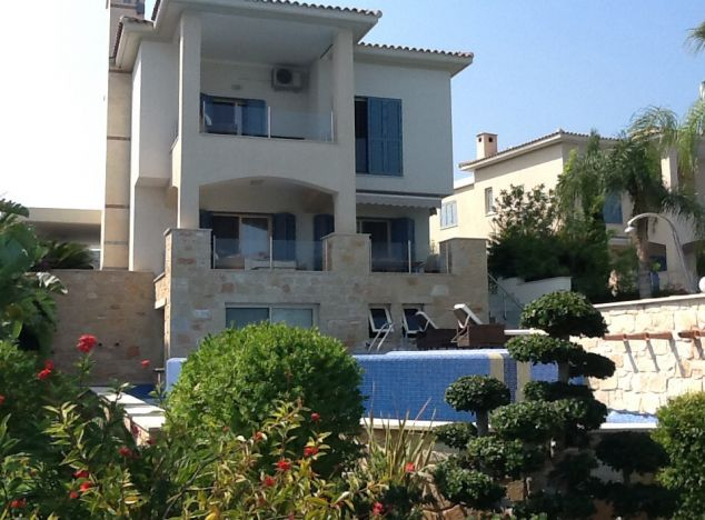 Villa 5573 on sell in Polis