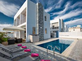 Cyprus property, Villa for holiday rent ID:5678