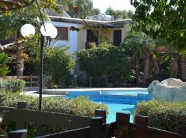 Property in Cyprus, Townhouse for holiday rent ID:5771