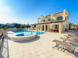 Cyprus property, Villa for holiday rent ID:5969