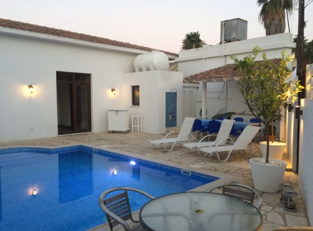Cyprus property, Villa for holiday rent ID:6232