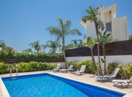 Cyprus property, Villa for holiday rent ID:6379