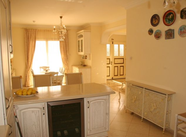Sell Villa 6976 in Paphos