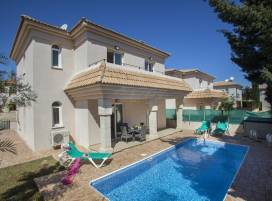 Cyprus property, Villa for holiday rent ID:7200