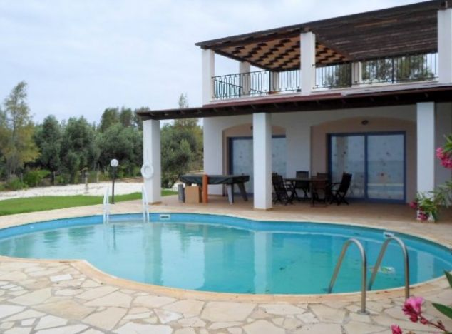 Bungalow 7361 on sell in Paphos