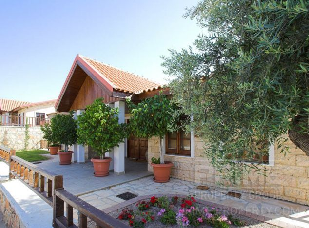 Cyprus property, Villa for rent ID:7524