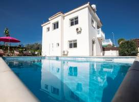 Cyprus property, Villa for holiday rent ID:7525