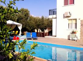 Cyprus property, Villa for holiday rent ID:7777