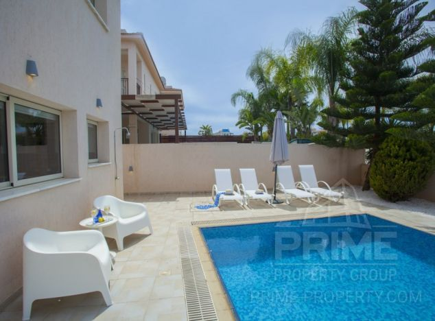 Cyprus property, Villa for holiday rent ID:8041