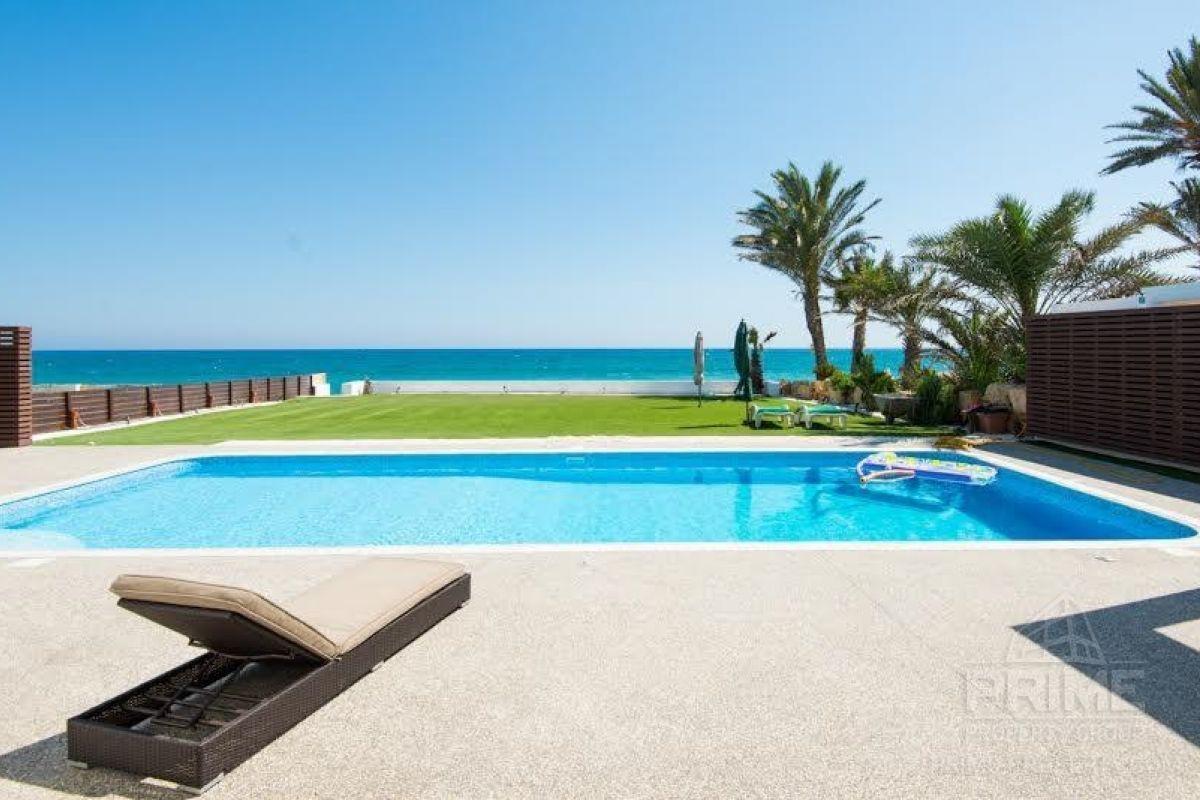 Предложение № 8046 - Larnaca, Villa 290 м2