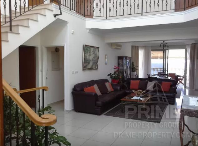 Cyprus property, Villa for holiday rent ID:8102
