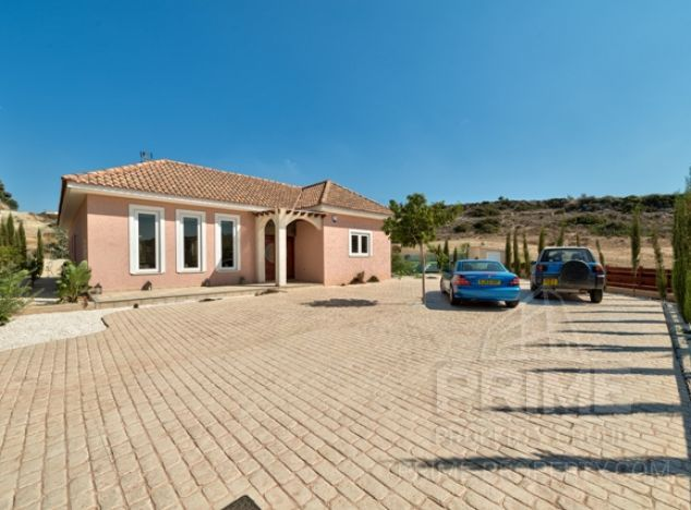 Cyprus property, Villa for rent ID:8157