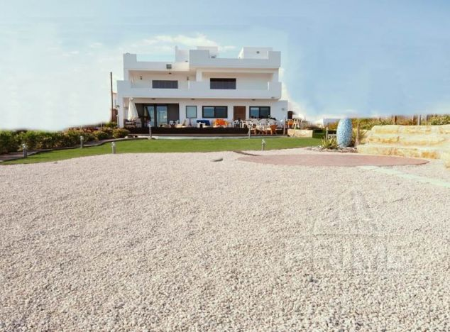 Cyprus property, Villa for rent ID:8318