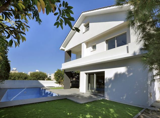 Buy Business or Investment 8514 in Larnaca