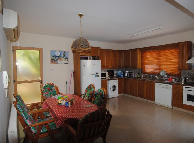 Sell Villa 8622 in Larnaca