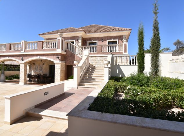 Buy Villa 8844 in Paphos