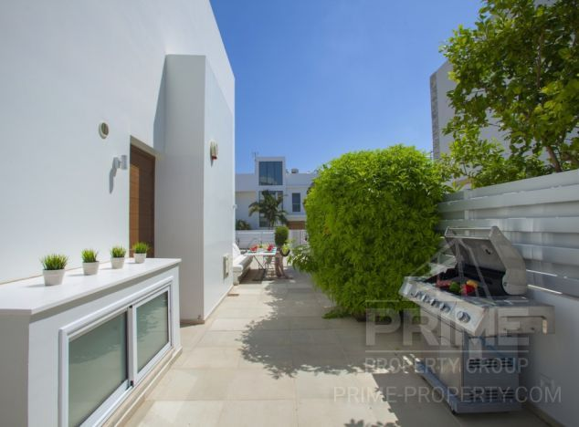Cyprus property, Villa for holiday rent ID:9566