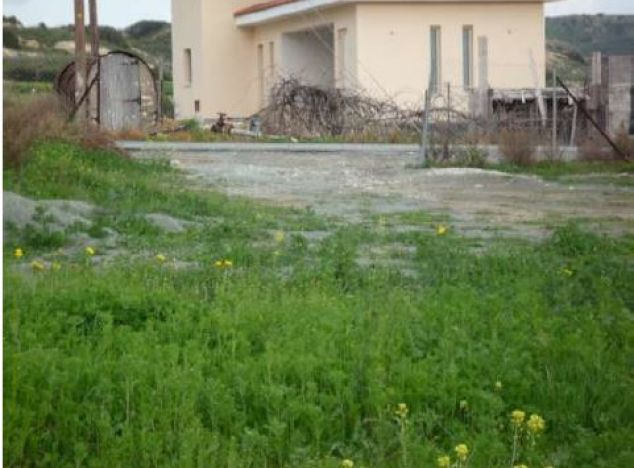 Land 9627 on sell in Pissouri
